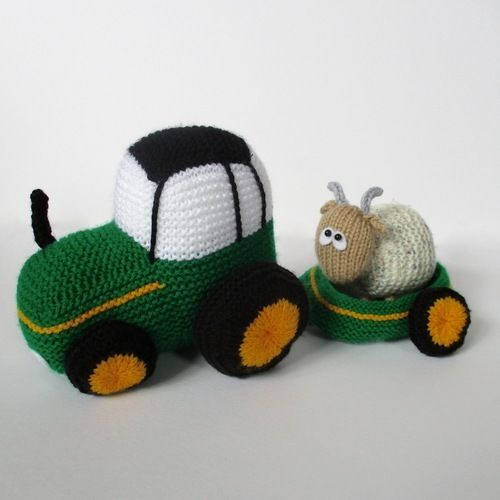 Makerist - Tractor - Knitting Showcase - 1