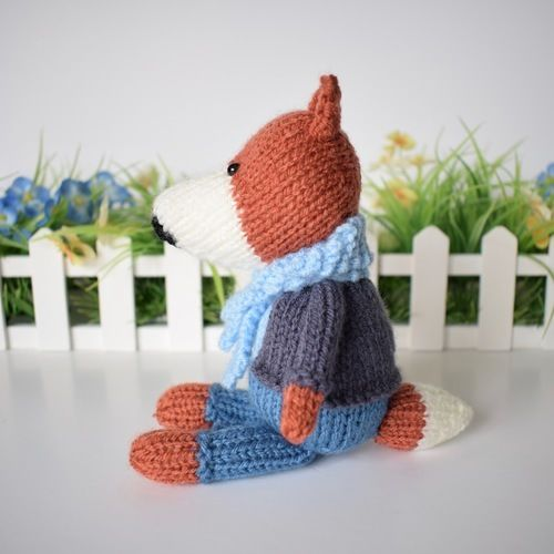Makerist - Razzle the Fox - Knitting Showcase - 2