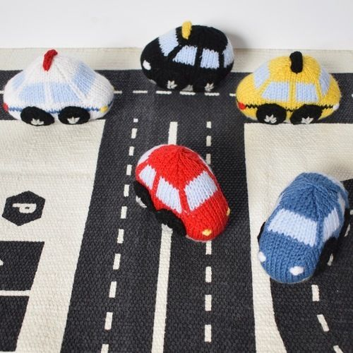 Makerist - Toy Cars - Knitting Showcase - 1