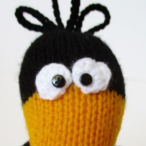 Makerist - Johnny the Crow - Knitting Showcase - 3