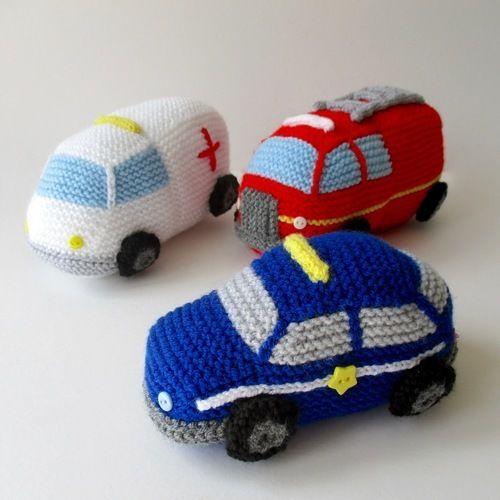 Makerist - Emergency Vehicles - Knitting Showcase - 1