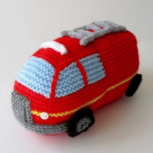 Makerist - Emergency Vehicles - Knitting Showcase - 3