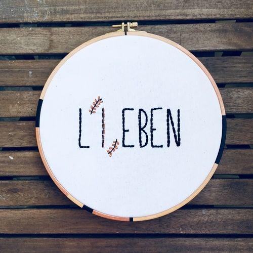 Makerist - Sticken // Lieben = Leben - DIY-Projekte - 1