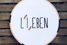 Makerist - Sticken // Lieben = Leben - 1