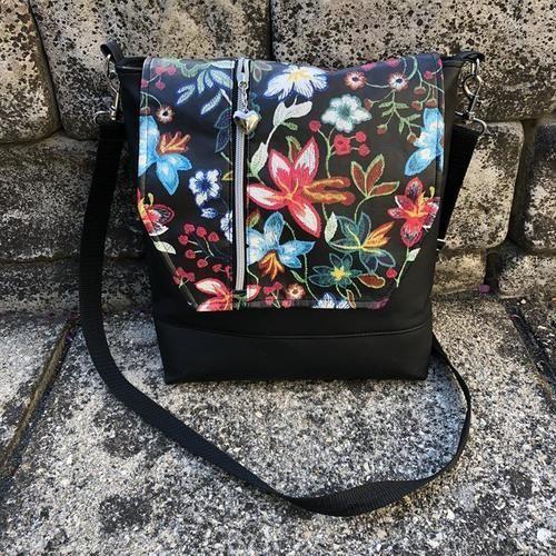 Makerist - Meine Vertica im FlowerPowerDesign ;) - Nähprojekte - 1