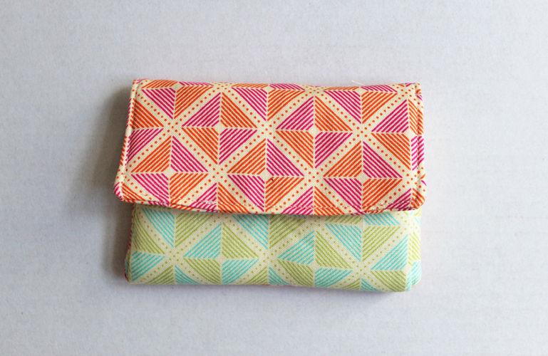 Makerist - Portemonnaie mit farbigen Quadraten - Nähprojekte - 1