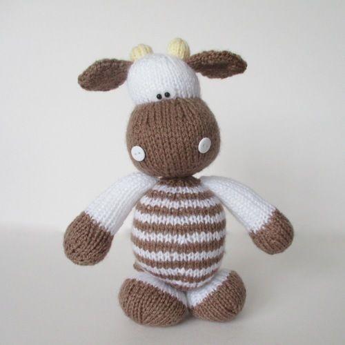 Makerist - Milkshake the Cow - Knitting Showcase - 1