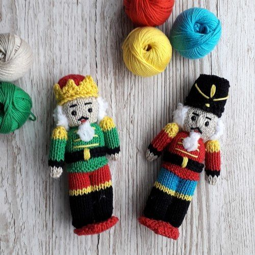Makerist - Nutcracker dolls - Knitting Showcase - 1