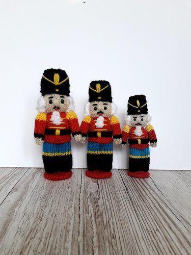 Makerist - Nutcracker dolls - Knitting Showcase - 2
