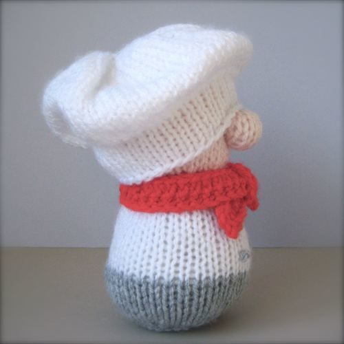 Makerist - Mr Bun the Baker - Knitting Showcase - 2