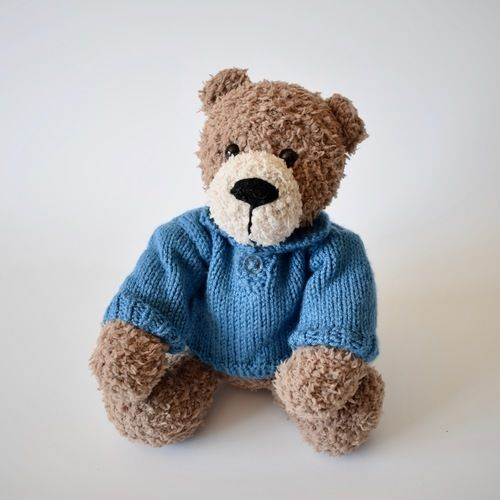 Makerist - Berry Bear - Knitting Showcase - 2