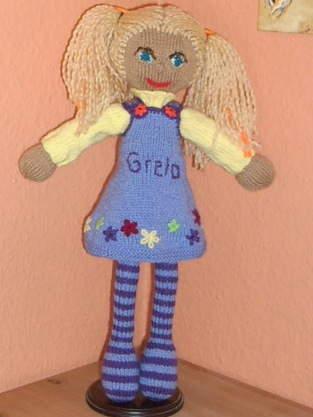 """Makerist - Strickpuppe Greta """"Schweizerin"""" - 1"""