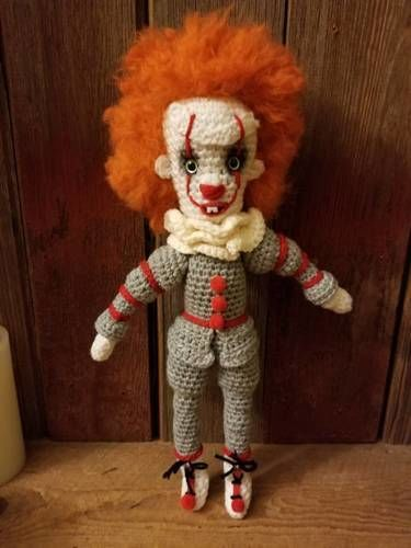 Makerist - Pennywise - Crochet Showcase - 2