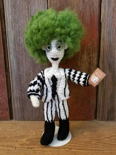Makerist - Beetlejuice - Crochet Showcase - 1