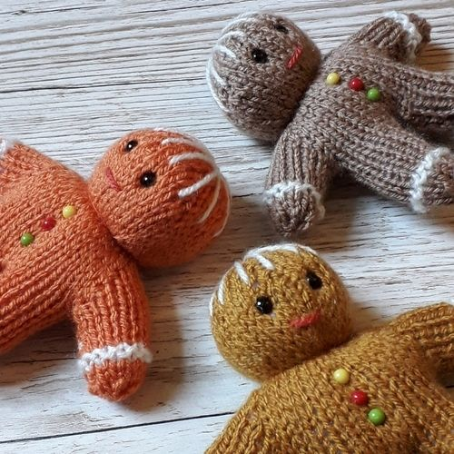 Makerist - Gingerbread Men - Knitting Showcase - 2