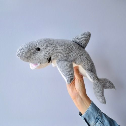 Makerist - Great White Shark - Knitting Showcase - 1