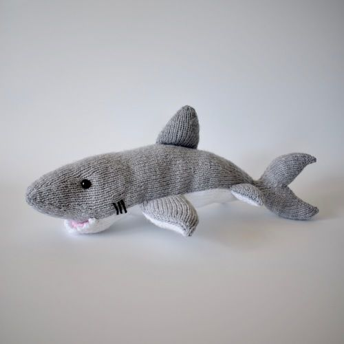 Makerist - Great White Shark - Knitting Showcase - 3