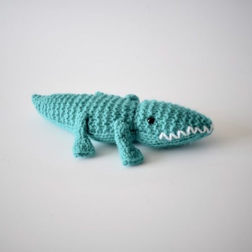 Makerist - Alec the Alligator - Knitting Showcase - 3