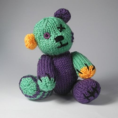 Makerist - Halloween teddy - Knitting Showcase - 2