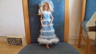 Makerist - Barbiekleid - 1