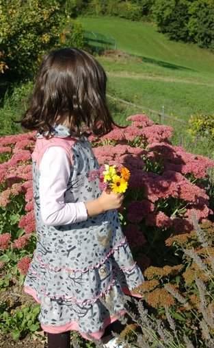 Lilia - von GialLino Sweatkleid mit dem gewissen Etwas für kleine Ladies