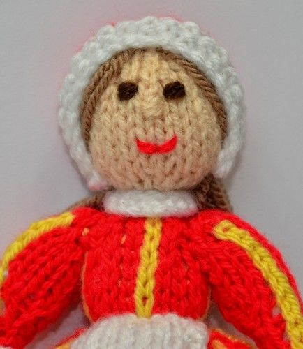 Makerist - Bettina Danish Folk Doll - DK Wool - Knitting Showcase - 2