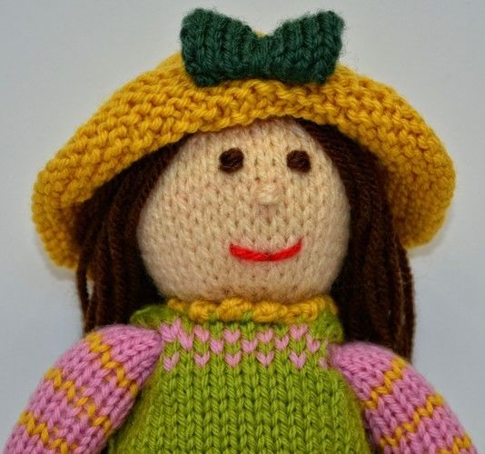Makerist - Tulip Spring Doll - DK Wool - Knitting Showcase - 2
