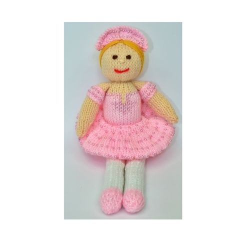 Makerist - Betsy Ballerina Doll - DK Wool - Knitting Showcase - 1