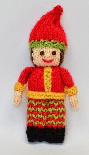 Makerist - Primitive Christmas Elf - DK Wool - Knitting Showcase - 3