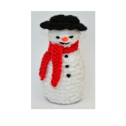 Makerist - Primitive Snowman Doll - DK Wool - Knitting Showcase - 1