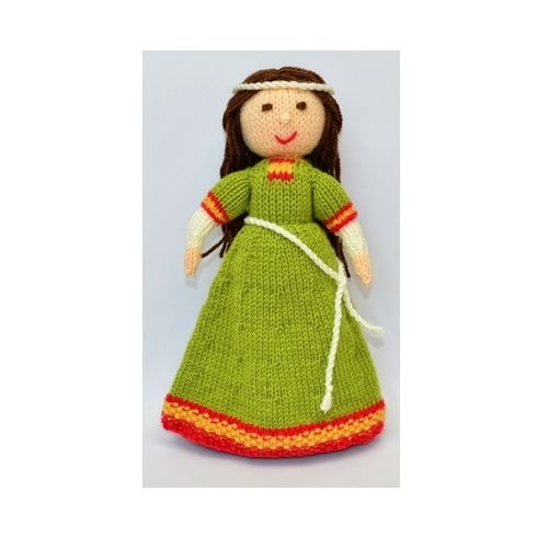 Makerist - Elvina - Medieval Doll - DK Wool - Knitting Showcase - 1