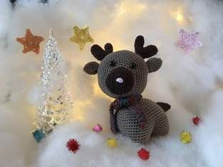 Concours Crochet : Gontran le renne, par Audrey