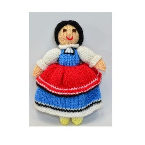 Makerist - Bulgarian Folk Doll - DK Wool - Knitting Showcase - 1