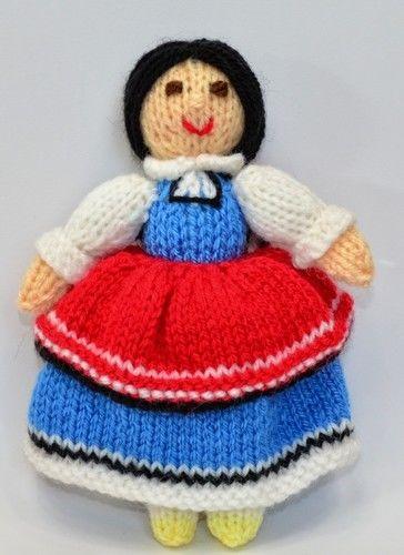 Makerist - Bulgarian Folk Doll - DK Wool - Knitting Showcase - 2