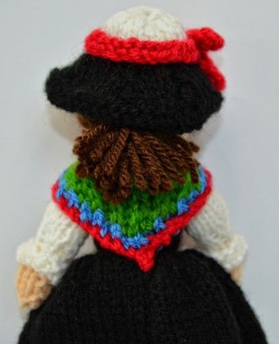 Makerist - Swiss Folk Doll - DK Wool - Knitting Showcase - 3