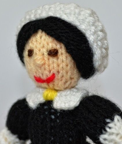 Makerist - Florence Nightingale Doll - DK Wool - Knitting Showcase - 3