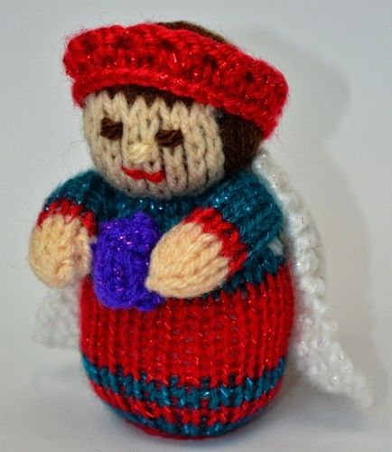 Makerist - Nativity King Doll - DK Wool - Knitting Showcase - 3