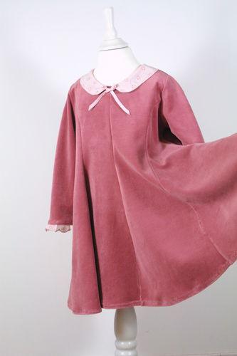 Makerist - feines Drehkleid zu Weihnachten - Nähprojekte - 1