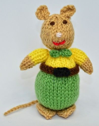 Makerist - Victorian Mouse - DK Wool - Knitting Showcase - 3