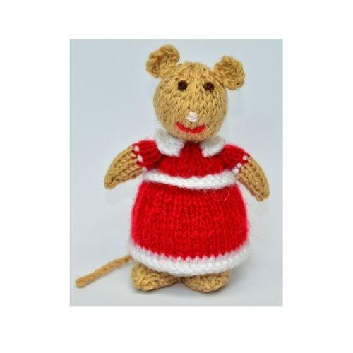 Makerist - Church Mouse - DK Wool - Knitting Showcase - 1