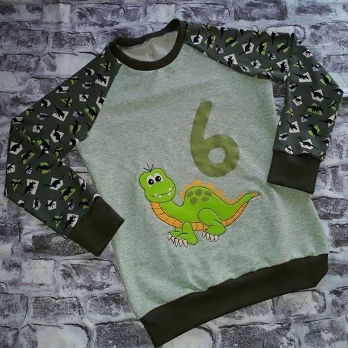 Makerist - Dino auf GeburtstagsShirt - Nähprojekte - 1