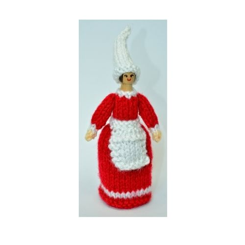 Makerist - Christmas Elf Peg Doll - DK Wool - Knitting Showcase - 3