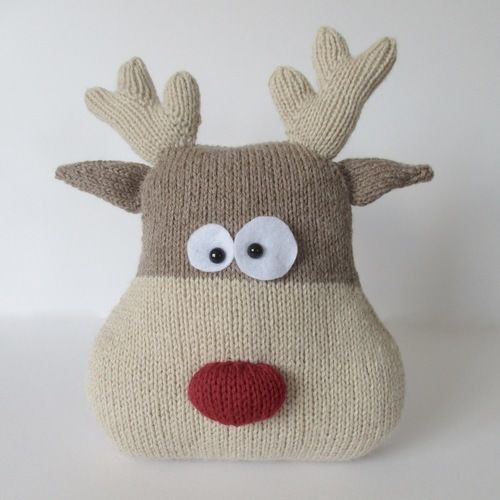 Makerist - Reindeer Cushion - Knitting Showcase - 1