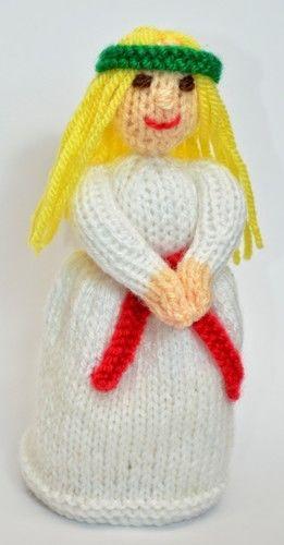 Makerist - St. Lucia Doll - DK Wool - Knitting Showcase - 3
