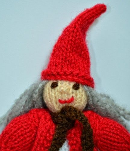 Makerist - Christmas Elf - DK Wool - Knitting Showcase - 2