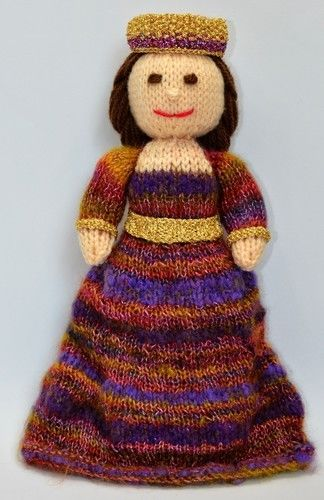 Makerist - Byzantine Empress - DK Wool - Knitting Showcase - 3
