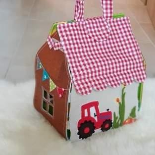 Makerist - Spielhaus Bauernhof - 1