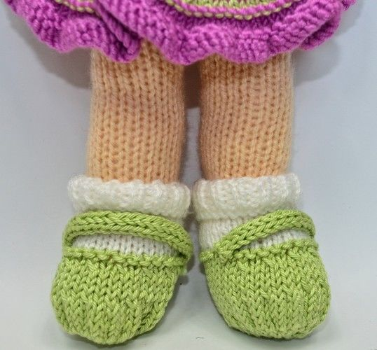 Makerist - Jemima January Rag Doll - DK Wool - Knitting Showcase - 2