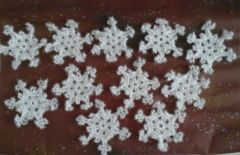 Makerist - Flocons de neige au crochet en laine spectacle éponge  - Créations de crochet - 1