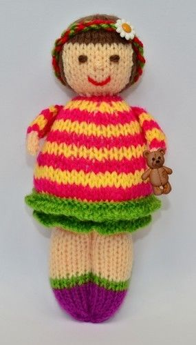 Makerist - Thomasina Rag Doll - DK Wool - Knitting Showcase - 3